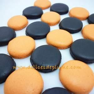 Macarons oranges et noir