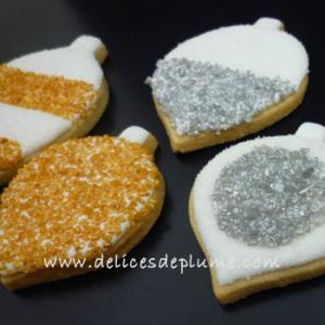 Boules de Noël en biscuit