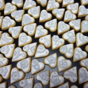 Biscuits décorés broderie au pinceau