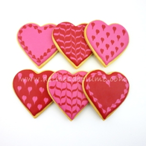 Biscuits coeurs rouge rose