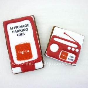biscuits radio et pancarte
